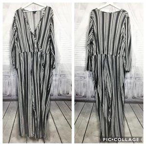 Rue+ Long Sleeve Black White Striped Jumpsuit 4X